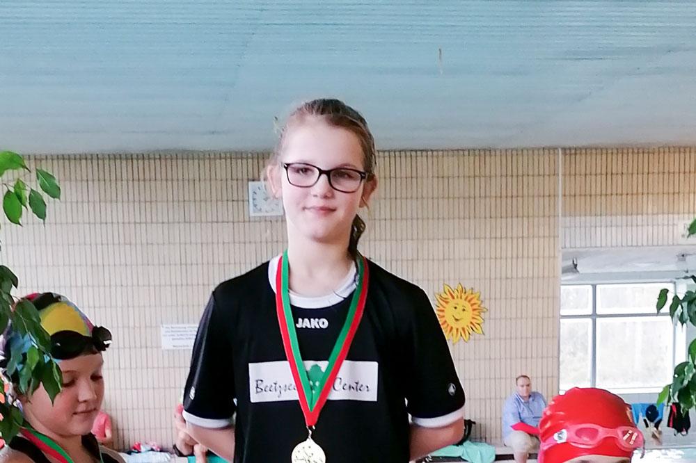 Schwimmer mit 10 Streckensiegen und 5 Mehrkampfsiegen